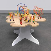 Op deze afbeelding staat een kralentafel | IKC kindermeubels