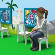 Op deze afbeelding ziet u kindermeubel buxus kinderstoel wit